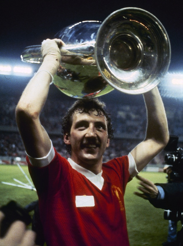 alan-kennedy-lfc-paris-181-cup