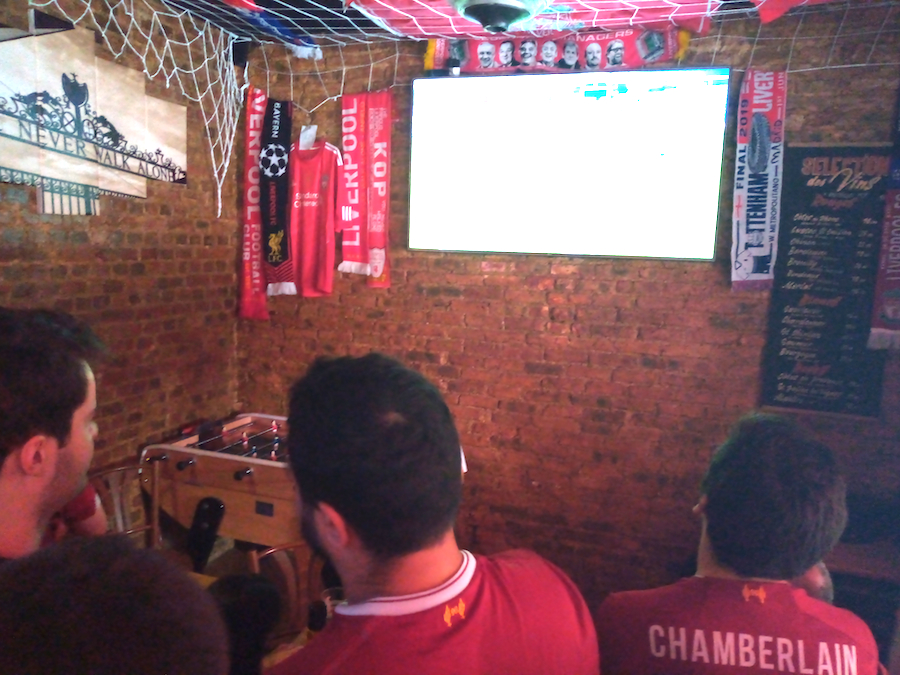 kop-bar-paris-lfc
